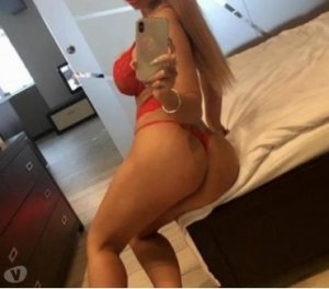 Liliah big cock escort girl in Sainte-Marie, QC